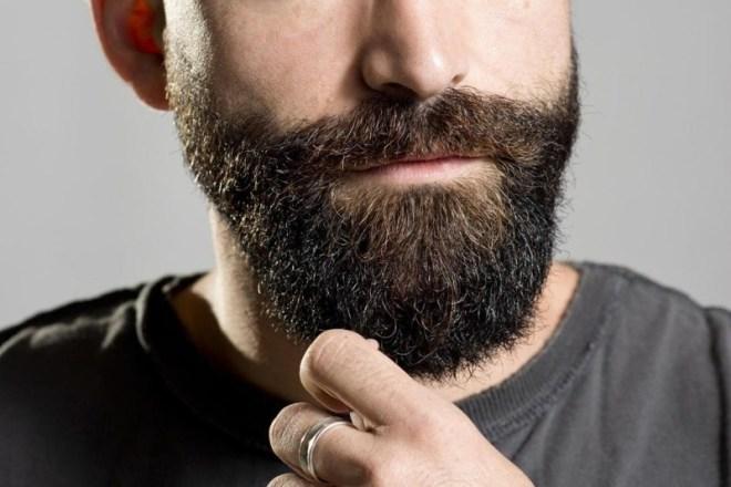 huile de ricin barbe resultats